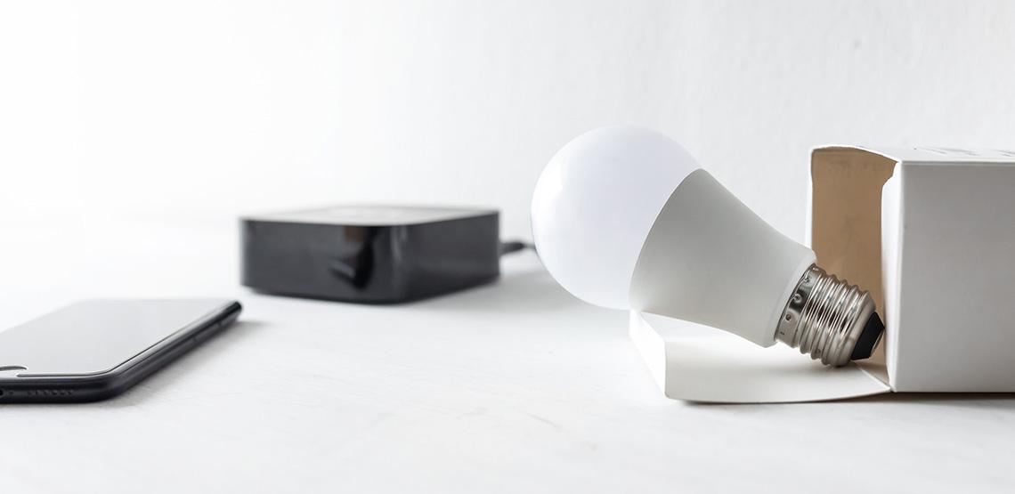 a smart light bulb kit